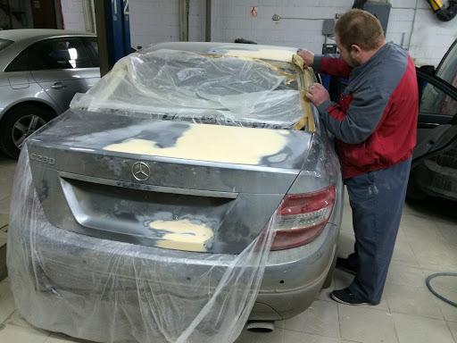 Фотография примера ремонта кузова Мерседес